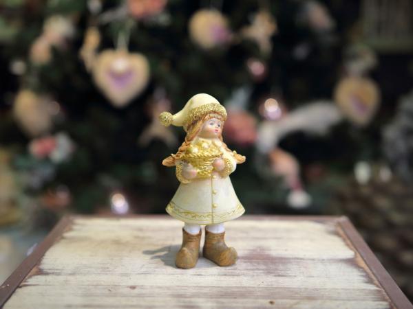 Keramická postavička- dievča