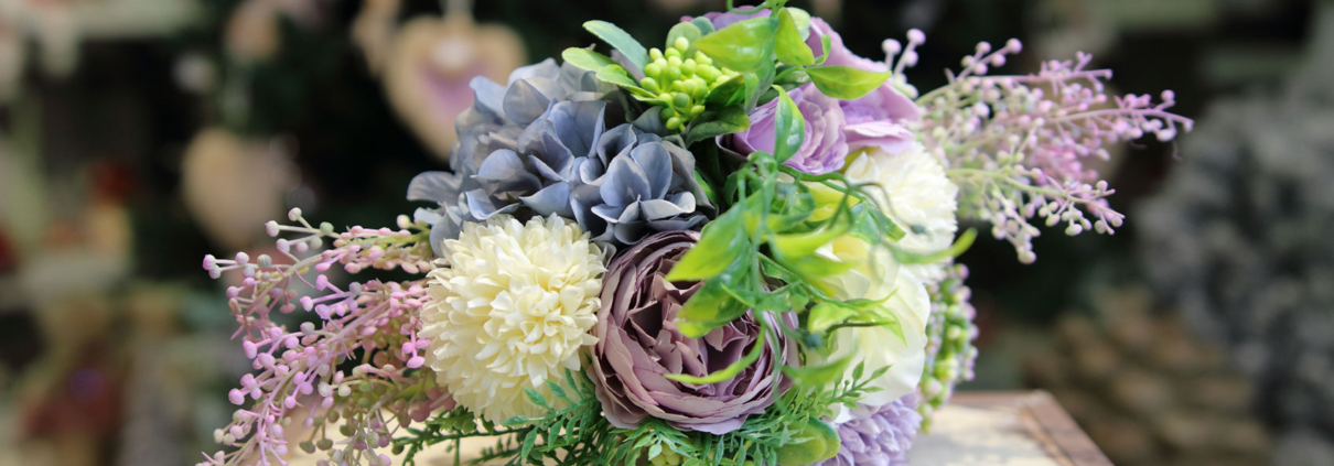 Umelá kytica-hortenzia, mini ruža, chryzanthéma