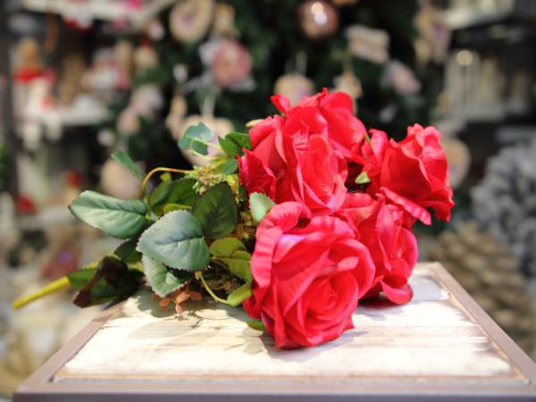 Umelá kytica-ruža